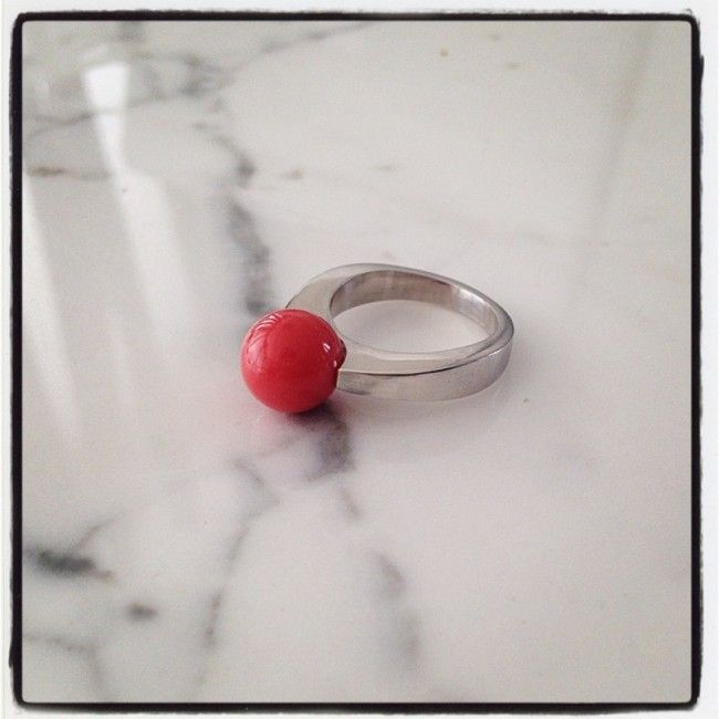 Ring from silver with Coral 47€