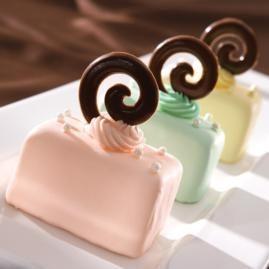 Pastel Petit Fours Mini Cakes sweet dessert food pastel recipe petitfour cake