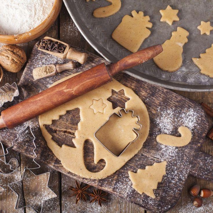 Nieważne, czy zaczynasz przygotowania do świąt w pierwszą niedzielę Adwentu, czy w ostatniej chwili - z przygotowaniem czegoś tak prostego jak klasyczne ciasteczka świąteczne...