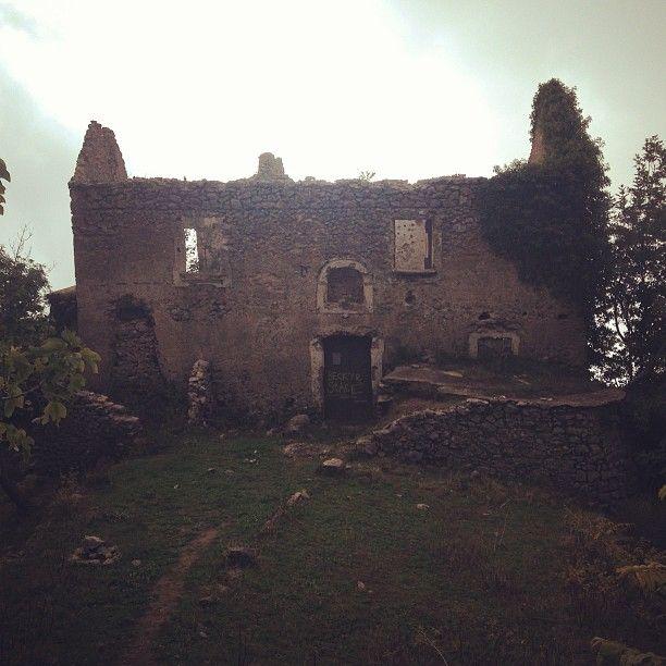 Immersi nella #Campania - #turismoapiedi [Segui i nostri spostamenti su #Instagram: http://instagram.com/allyoucanitaly]