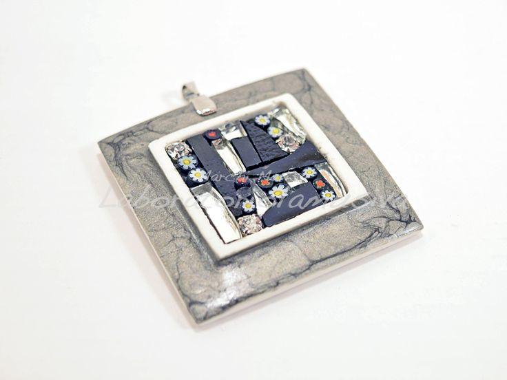 ciondolo ceramica quadrato mosaico grigio