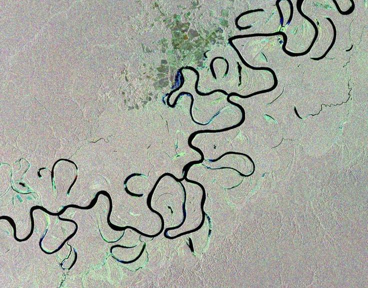 fiume Juruá, la cui serpentina si snoda attraverso la Foresta Pluviale dell'Amazzonia, nel Brasile occidentale