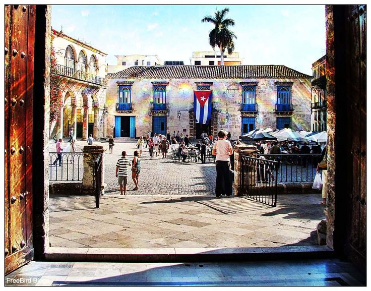 Cuban Independence Day and A Question for Esnolia