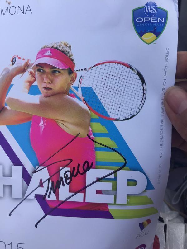 Cincinnati: Simona Halep a avut o sesiune de autografe miercuri – FOTO