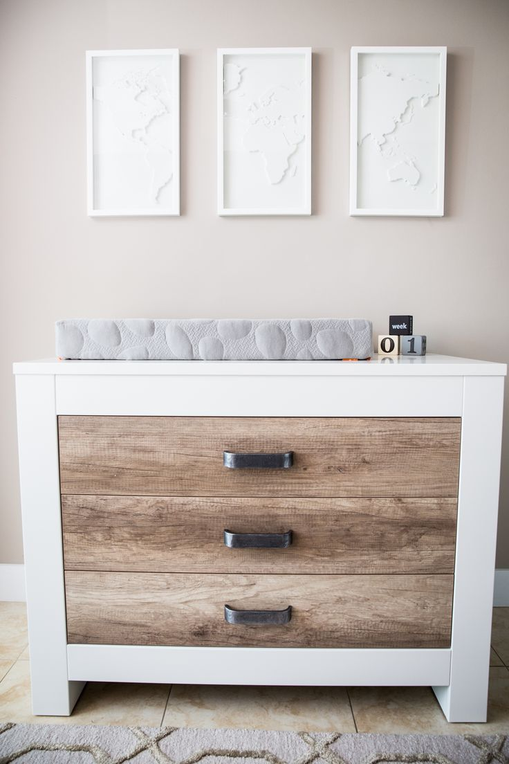 JP and Ashley Rosenbaum Nursery Reveal - this nursery mixes modern, rustic with travel accents. So chic!