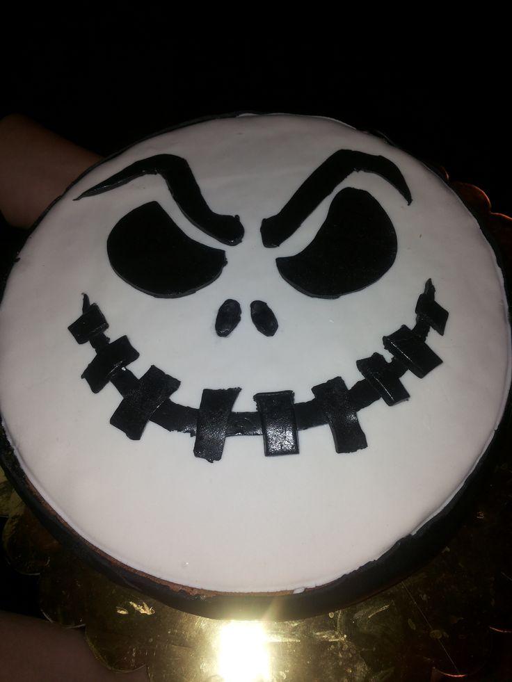 simple halloween cake
