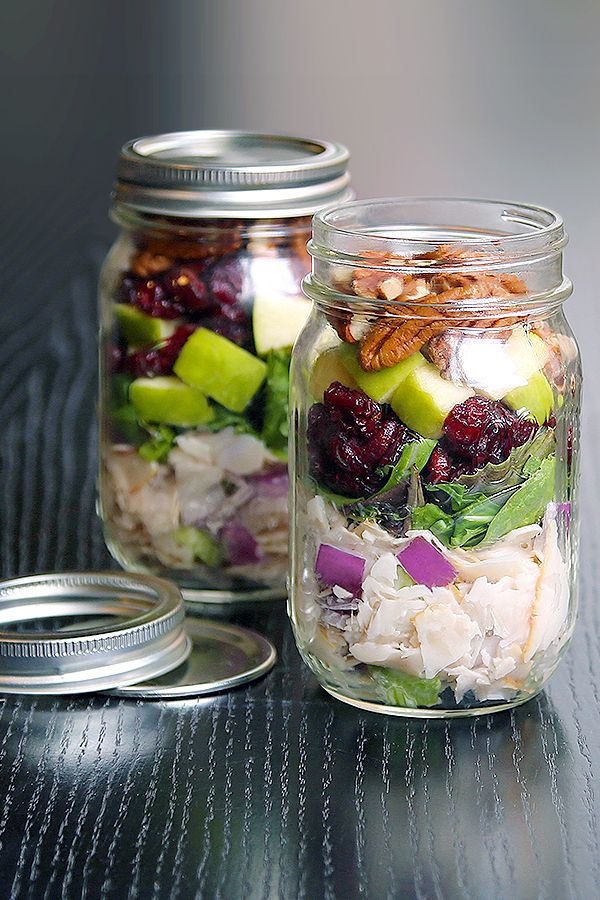 Dietz & Watson's Mason Jar Chicken Salad makes it super simple to prep lunches for the week. Just layer D&W Originals Oven Roasted Chicken, celery, onion, Greek yogurt, lemon juice, spring mix, apples, cranberries and pecans.
