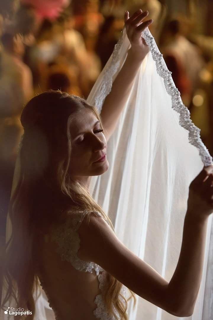 #Dance like nobody's watching... #bride #gorgeousbride #feel #wedding #weddingphotography #weddingingreece #bridedress www.lagopatis.gr