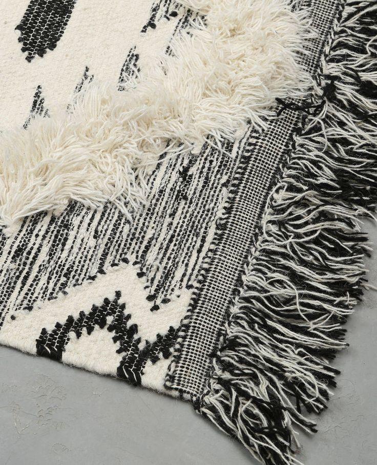 les 25 meilleures id es concernant robe berbere sur pinterest kabil tenue kabyle et tenue. Black Bedroom Furniture Sets. Home Design Ideas