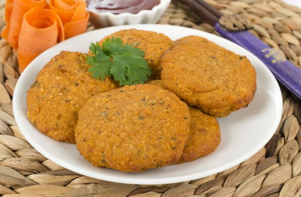 Kalóriaszegény, mégis tápláló zöldségfasírt - Ebből bátran ehetsz sokat is | femina.hu