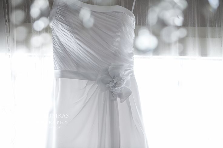 wedding dress, details