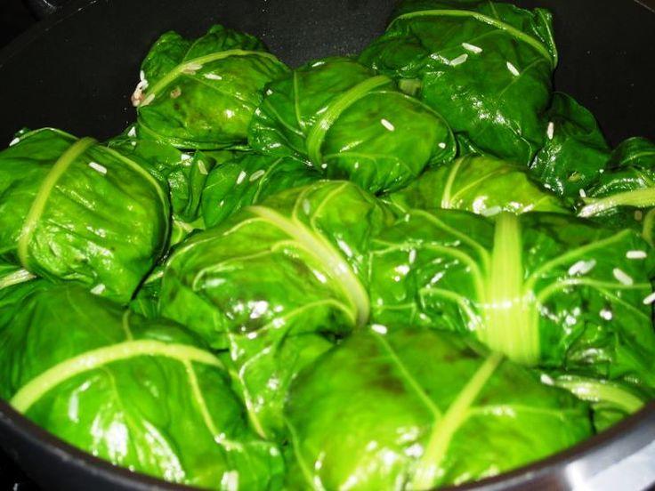 De la familia de los niños envueltos: Acelga rellena con morcilla http://www.e-recetas.com/recetario/verduras/de-la-familia-de-los-ninos-envueltos-acelga-rellena-con-morcilla.htm