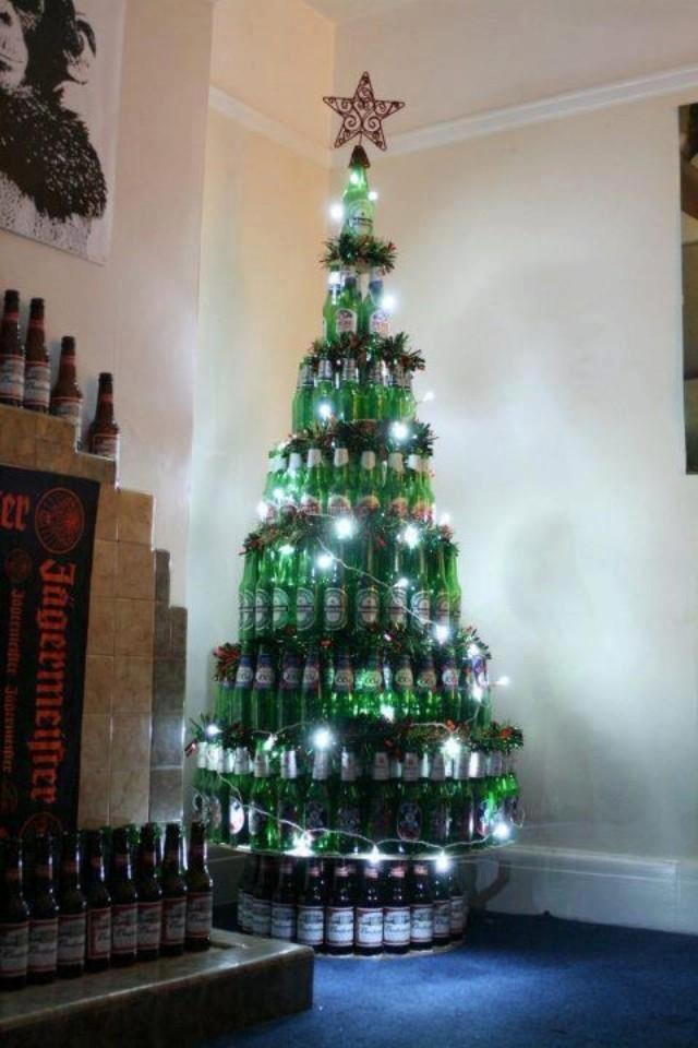 beer bottle christmas tree house pinterest christmas trees beer and trees. Black Bedroom Furniture Sets. Home Design Ideas