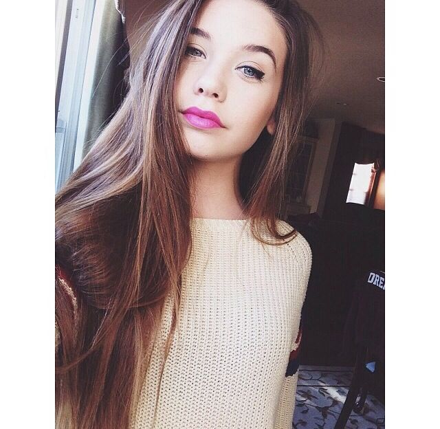 Mandy makeupbymandy24 she is a YouTuber and I love watching her videos she is 14 years old and she makes really good but not boring videos!:)