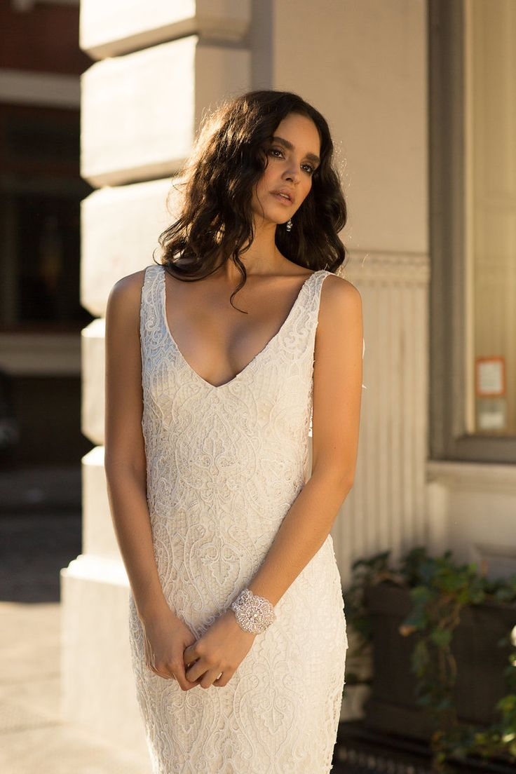 Anna Campbell wedding dress | Kira