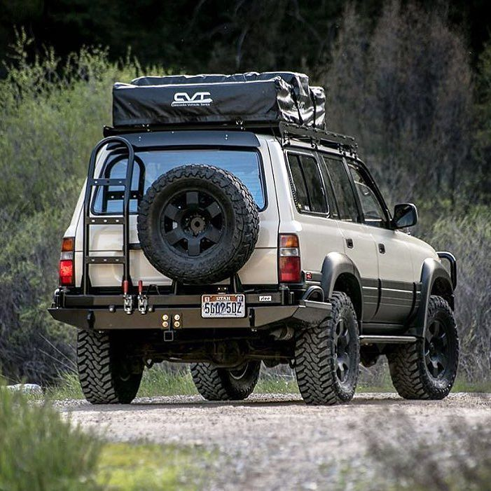 Very few #overlanding vehicles are as iconic as the #landcruiser and rig by @mlancewilliams - - - - #wyvernoutfitters #wytac #overland #overlanding #offroading #defender #4x4 #4wd #landroverdefender #jeepwrangler #toyotatacoma #pnw #upperleftusa #80series #landcruiservzla #landcruiser100 #landcruiser80 #toyotatacoma #yota #yotalife #yotanation #yotamafia #toyota #campingfun #camping #campingwithdogs
