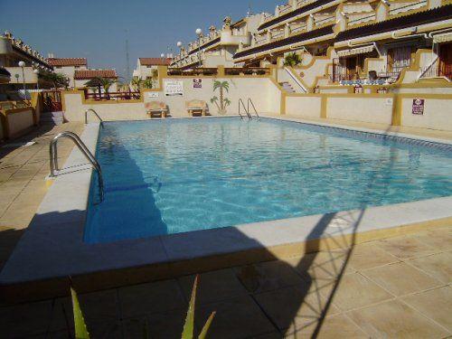 25 beste idee n over badkamer strand op pinterest - Zwembad onder het terras ...