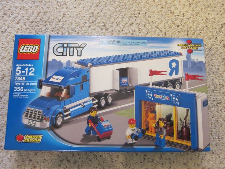 LEGO City Toys R Us Truck (7848) New Sealed Retired