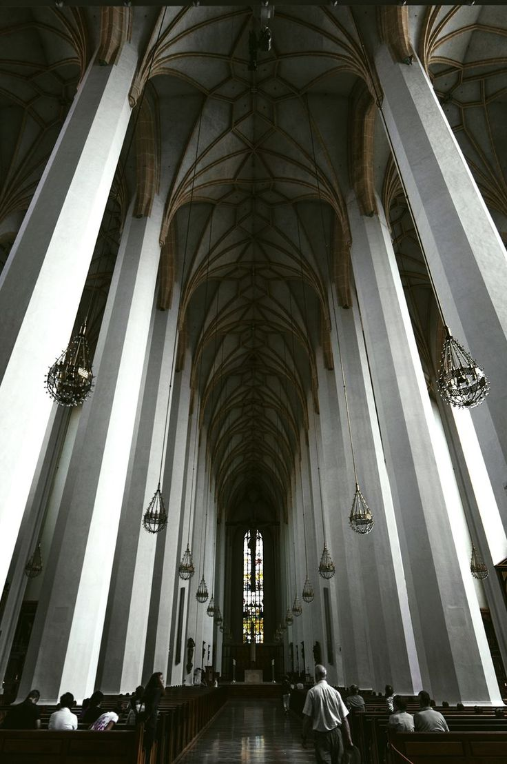 architecture, built structure, history, low angle view, ceiling, religion, arch, indoors, no people, architectural column, place of worship, day