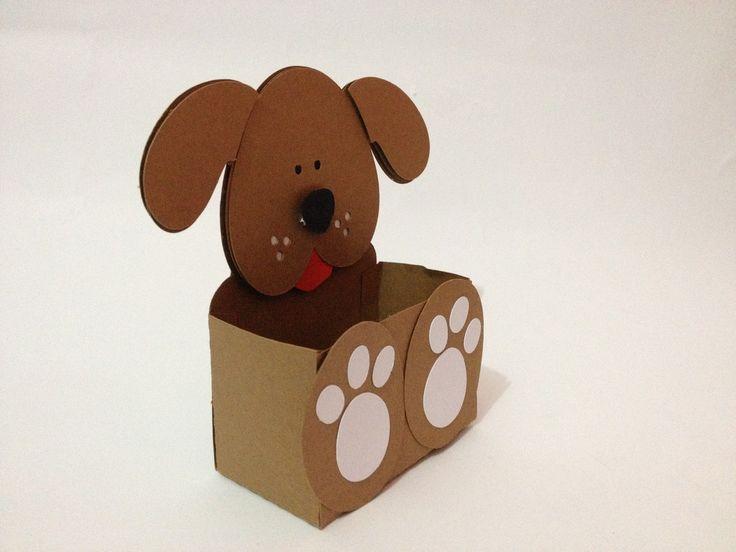 Caixinha Surpresa Cachorrinho.    A cor da caixinha pode ser alterada mediante autorização e solicitação conforme estoque.