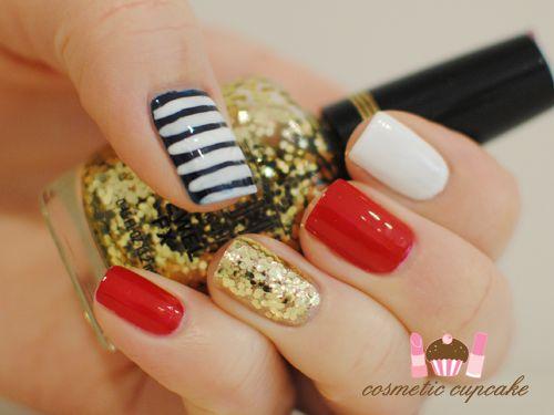Nautical Nails!: Simple Nautical, Nails Art, Gold Nails, Nautical Glam, Christmas Nails, Red Nails, Gold Rings, Black White Gold Red, Nautical Nails