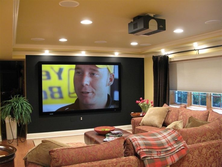 best 25 small media rooms ideas on pinterest small tv. Black Bedroom Furniture Sets. Home Design Ideas