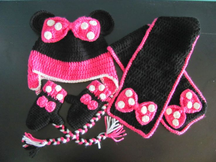 LORRAINE'S HANDMADE WITH LOVE : minnie mouse crochet set