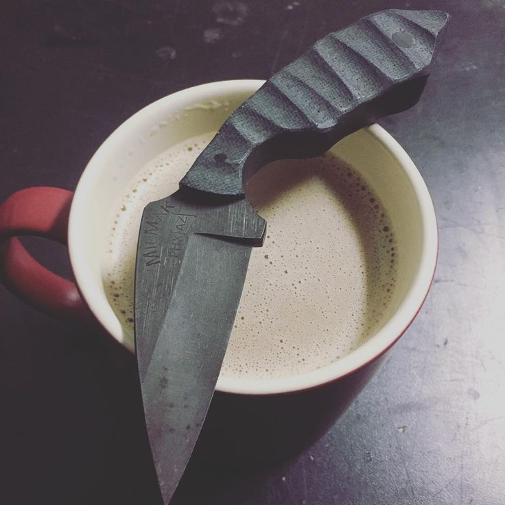 Starting the day off right!  Coffee and a blade!  #milmakindustries #milmakaz #shankyouverymuch #bulletproofcoffee #TimeBuyer #edgedweapons #fixedblade #azknifemaker #knives #customknives #phx #az