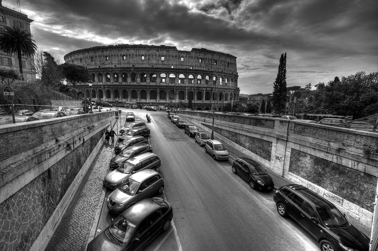 The Colosseum in black & white