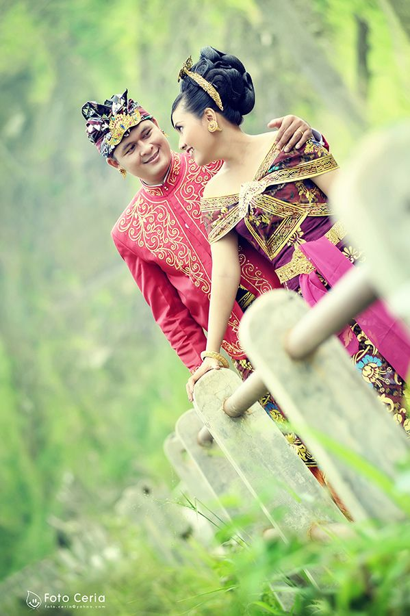 Aku mencintaimu ^^ .  Phone & WhatsApp: 0857 0111 1819 . #FOLLOW Twitter, LINE, Instagram: @fotoceria . PIN BB: 7 d 1 1 8 b 8 a . YM & email: foto.ceria@yahoo.com . Facebook: Foto Ceria . Website: www.fotoceria.com  . follow #twitter #line #instagram #fotoceria #prewedding #couple #wedding #pernikahan #perkawinan #menikah #pengantin #fotografer #weddingphotographer #Yogyakarta #Jogja #love #happy #romantic #smile #ceria #Bali #pakaianadatBali #pakaianadat #engagement #CeriaLovers #SharePict