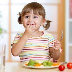 En Guiainfantil.com te proponemos un menú semanal para los niños de 4 a 6 años, es fácil de preparar y, sobre todo, les enseña a comer sano. Ideas de recetas para niños en edad preescolar. #comersano