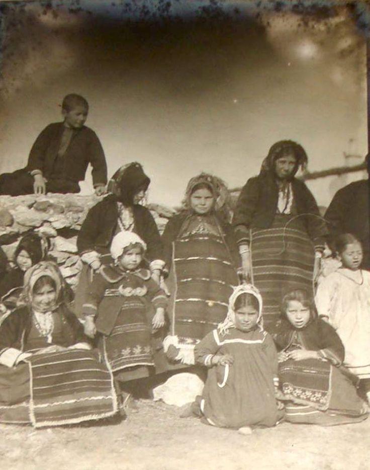 Kapudjilar village near Salonika. Children dressed on Easter Sunday 1916.