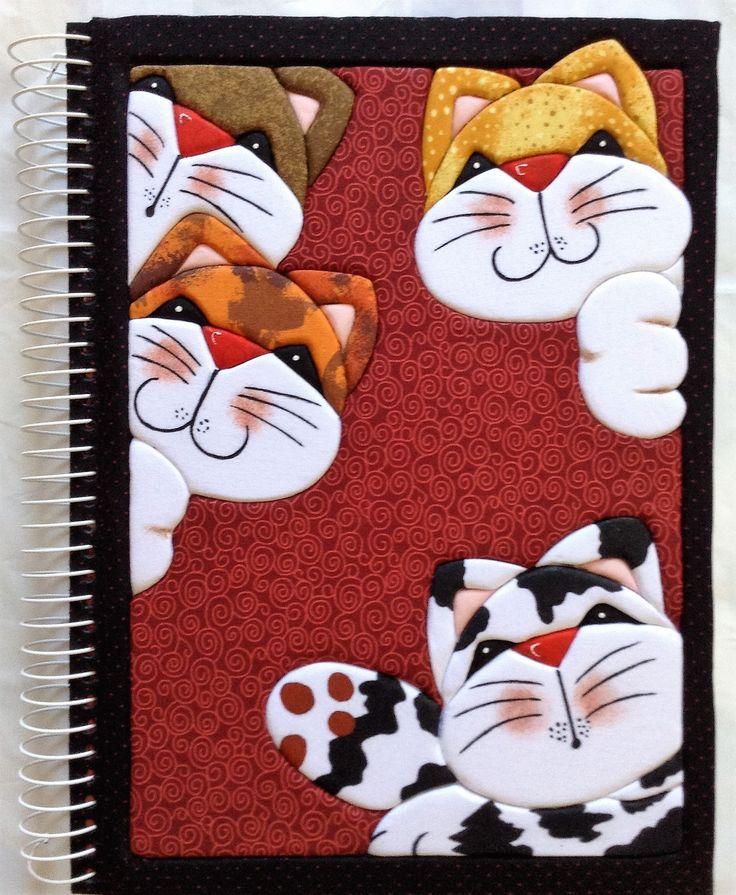 Capa de caderno com aplicação do Patchwork Embutido!