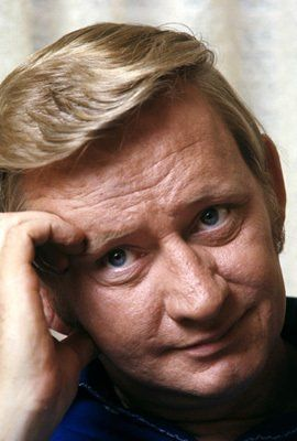 Dave Madden was born on December 17, 1931 in Sarnia, Ontario, Canada. He was an actor, known for The Partridge Family (1970), Charlotte's Web (1973) and The Curse of Monkey Island (1997).  Died: January 16, 2014 (age 82) in near Jacksonville, Florida, USA