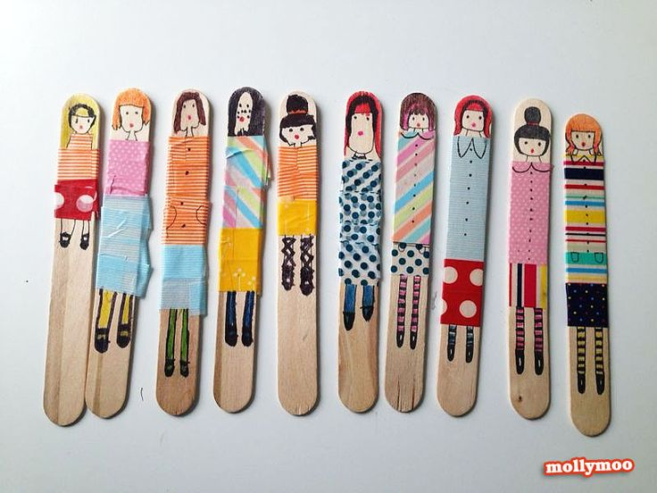 simple craft for kids, make dolls from craft sticks, washi tape and markers. Children's craft by Michelle McInerney, MollyMoo