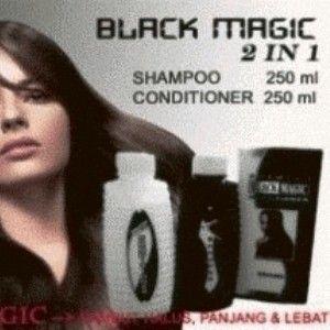 Black Magic Kemiri Shampoo merupakan produk terobosan baru untuk mengatasi masalah pada rambut, Black Magic Kemiri Shampoo kini dalam kemasan baru dengan 2 in 1 terdiri dari shampoo dan conditioner,