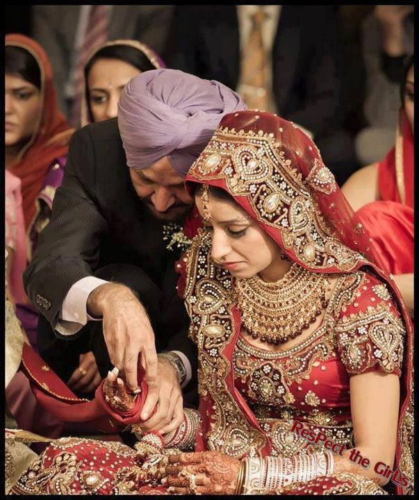 Sikh Wedding: Sikh Wedding - Father And Daughter Picture