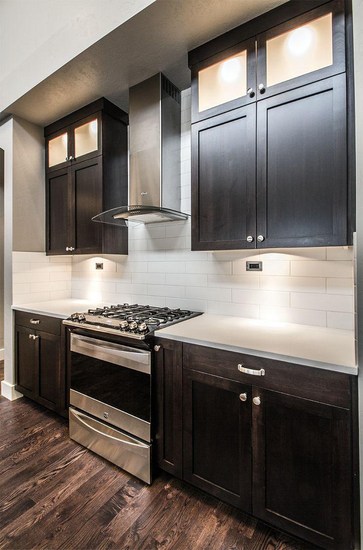 Eaglewood Homes, Meridian, ID The Ventura, premium Kenmore appliances, white quartz countertops and custom full length cabinets. eaglewood.com