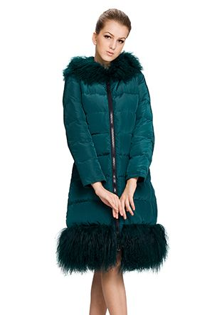 Suzanne/dark green surface(90% goose filler)with faux dark green wool/long down coat
