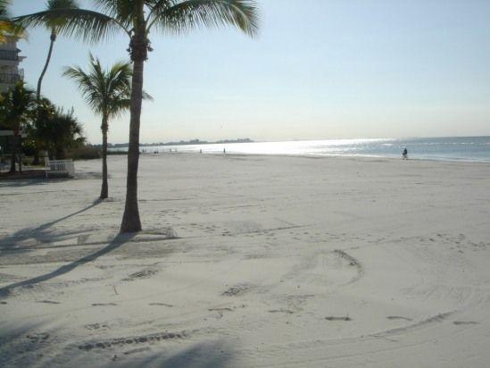 BEACH BEAUTY WITH GULF VIEW