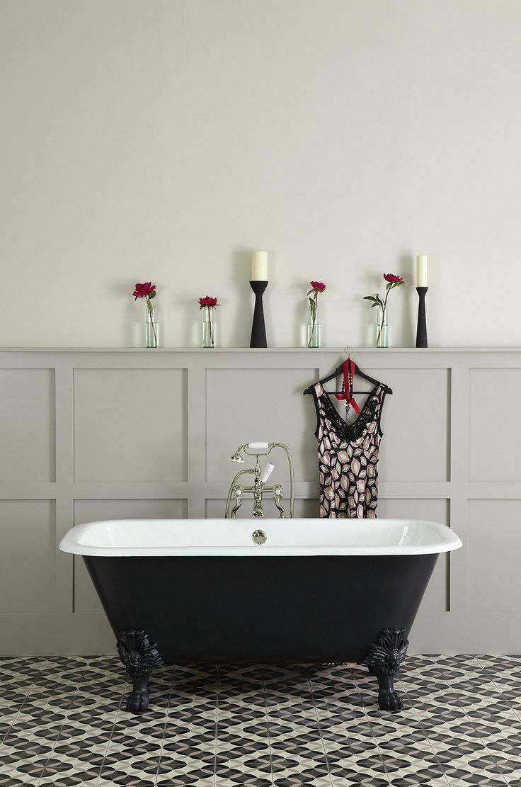 The Marazion Cast Iron Roll Top Bath | Marizon Cast Iron Bath - £1095 (1700 x 815 x 680)