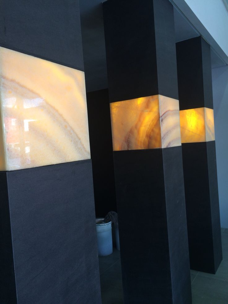 NEOLITH and Onyx pillars