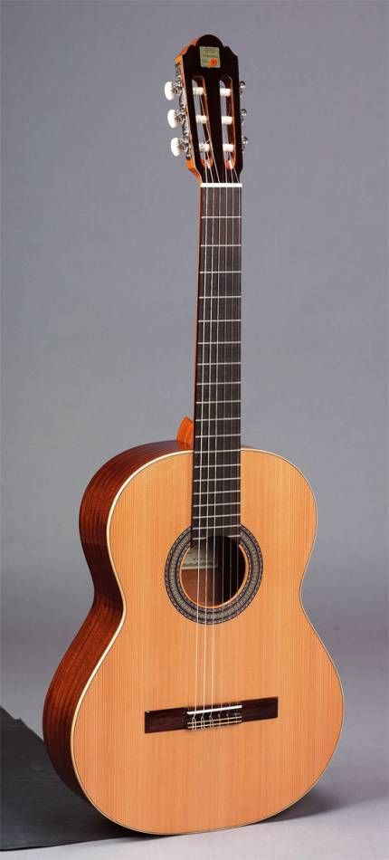 Foto Alhambra 1C Guitarra Española Cedro Brillo Señorita foto 681593