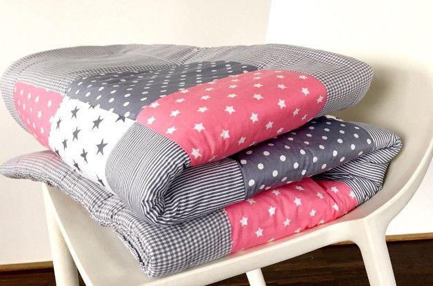 krabbeldecke patchworkdecke babydecke rosa grau baby oder und patchwork. Black Bedroom Furniture Sets. Home Design Ideas