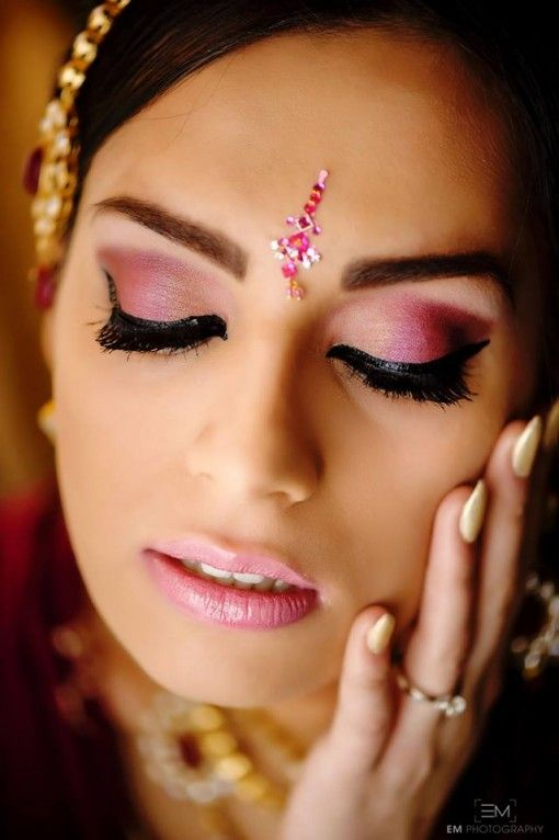 Wedding Eye Makeup Pink : 14 best images about indian bridal eye make up on ...