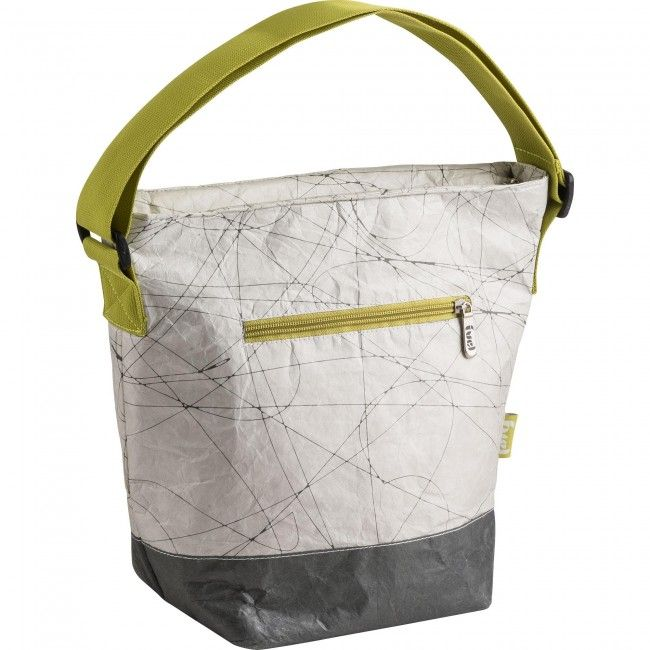 Take your lunch on the go with a stylish and functional Fuel Tykev Tote Lunch Bag. This insulated lunch bag features a large zippered compartment and a smaller zippered front compartment for snacks or cutlery.