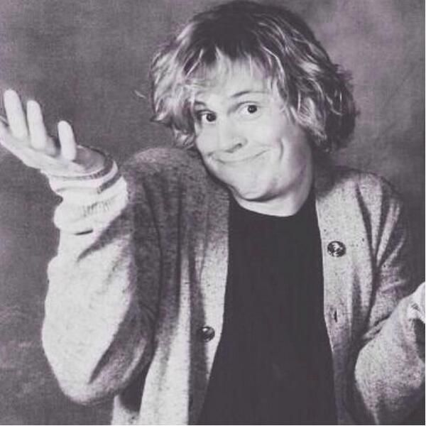 """Evan Peters showing what I do when my friends ask """"who's this Evan peters guy as you wallpaper?"""""""