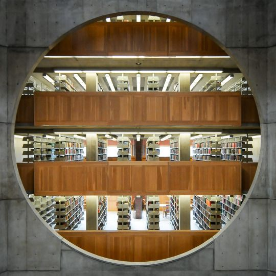 Phillips Exeter Academy Library by Louis I. Kahn, photo Moritz Bernoully