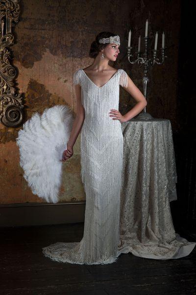 """Robe de mariée: les tendances 2016. Robe """"Tuscani"""" en satin et tulle rebrodé de sequins et perles, 3900 euros, Eliza Jane Howell (en vente en France en exclusivité chez Plume)."""
