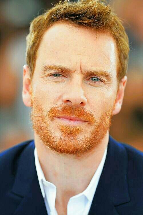 Oh my... Too gingerness.. I cant stand so much beauty!!!